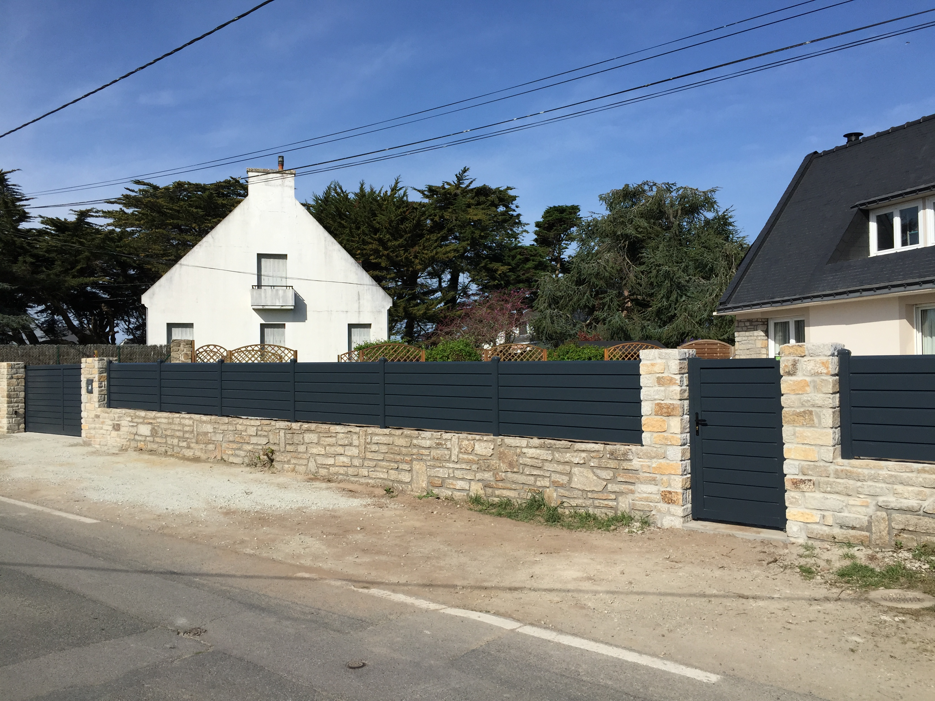 Portail aluminium m aban cloture aluminium cancale cpo for Garage de theix